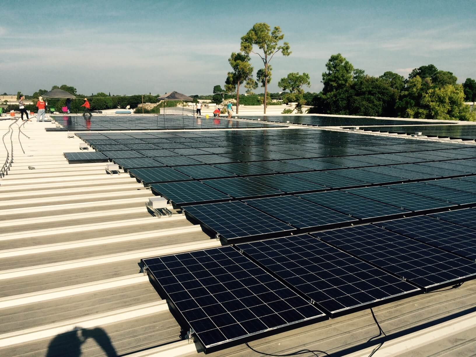 Naples News – Jim Henderson Is Big On Solar